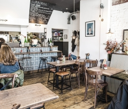 Food Outlets - Quick and Inexpensive Interiors